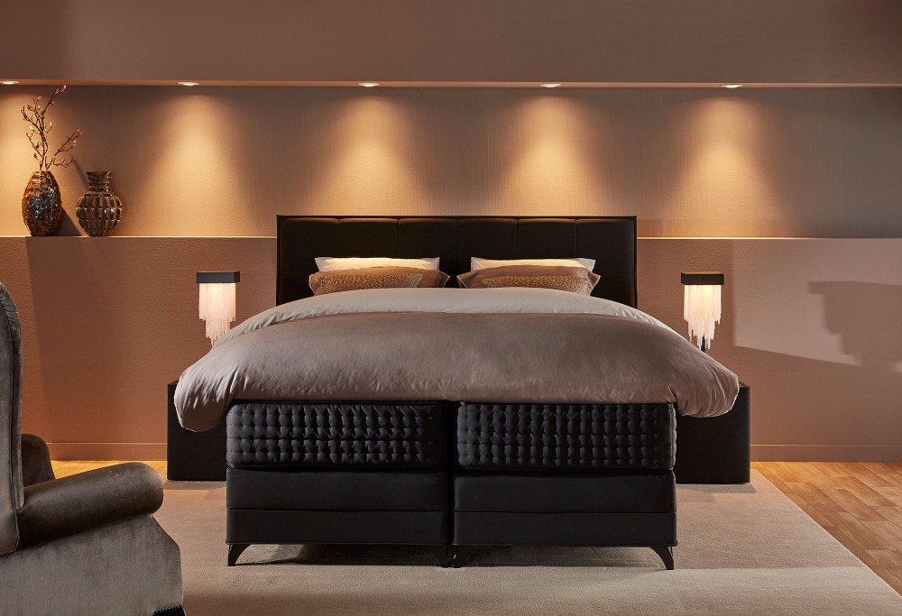 boxspring royal continental swiss sense. Black Bedroom Furniture Sets. Home Design Ideas