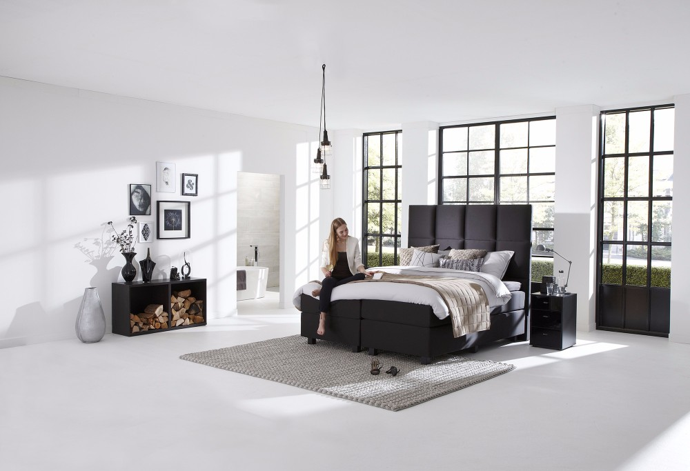 boxspring royal quantum swiss sense. Black Bedroom Furniture Sets. Home Design Ideas