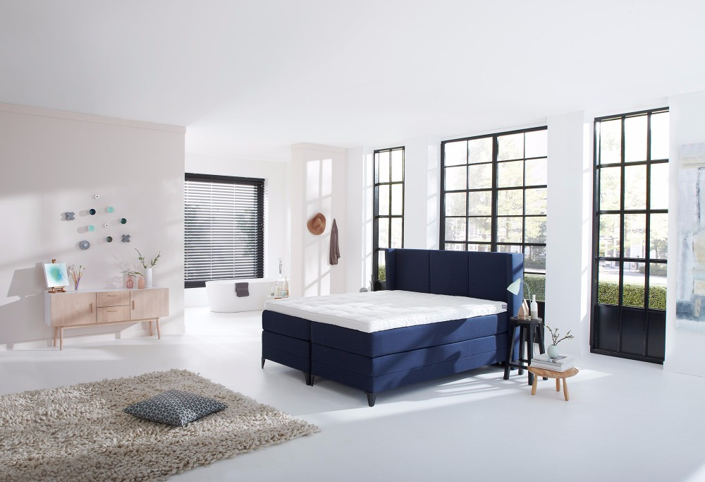 Blauwe boxspring Royal Phantom