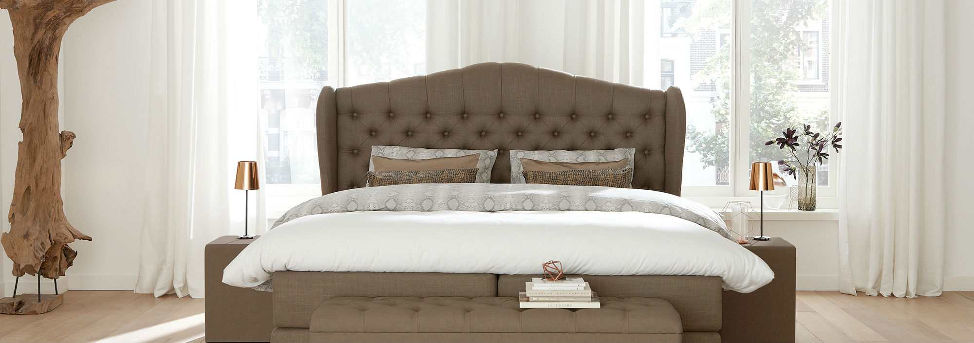 Queensize Bedden - Header