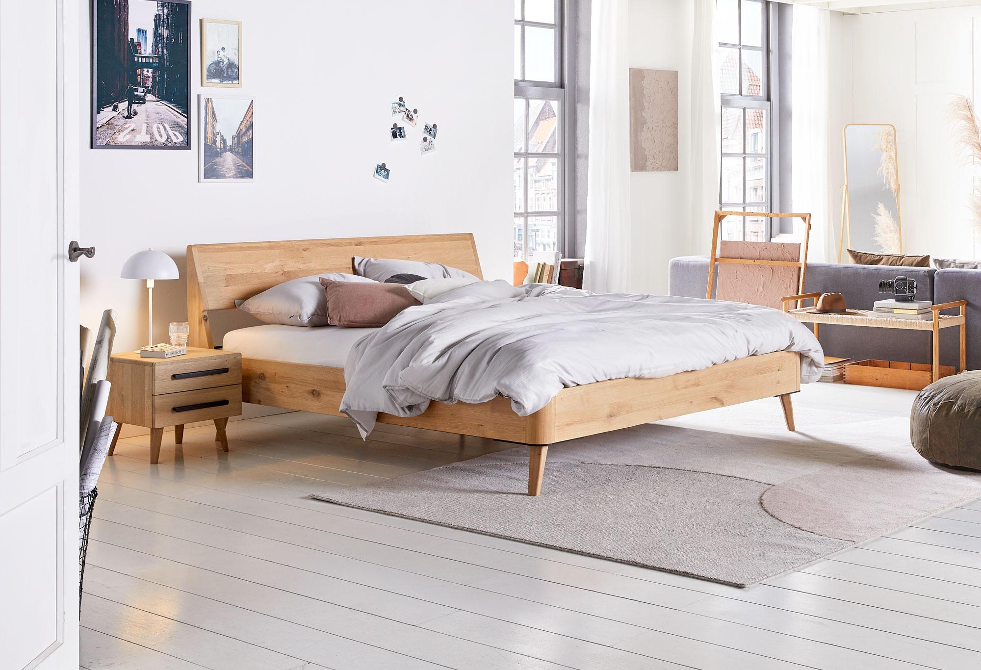 Houten bedframes  Swiss Sense