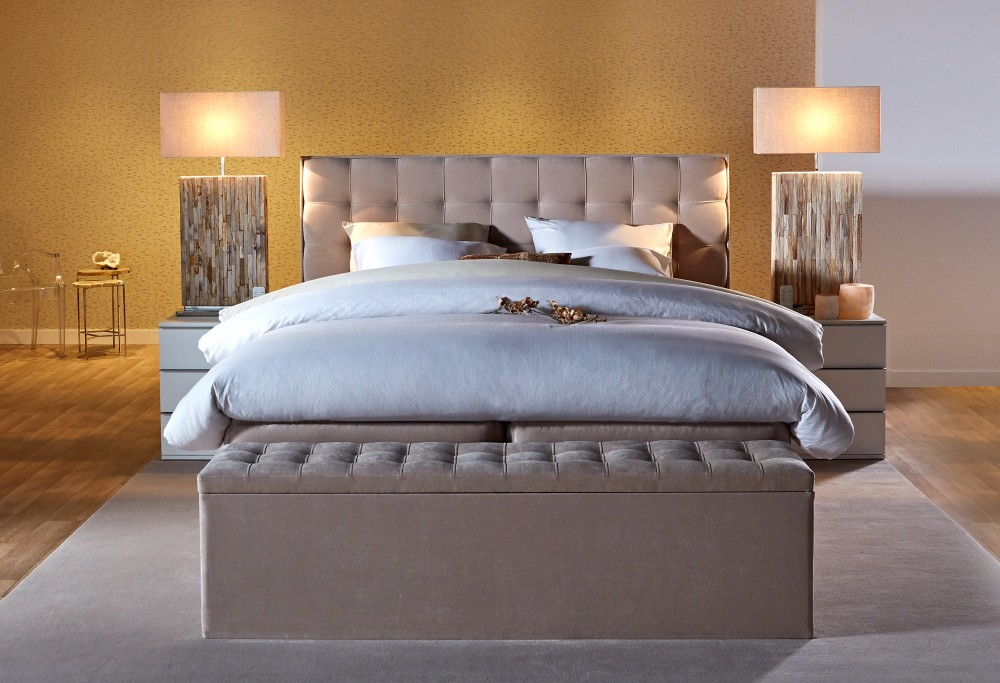 Beige boxspring Royal Madison