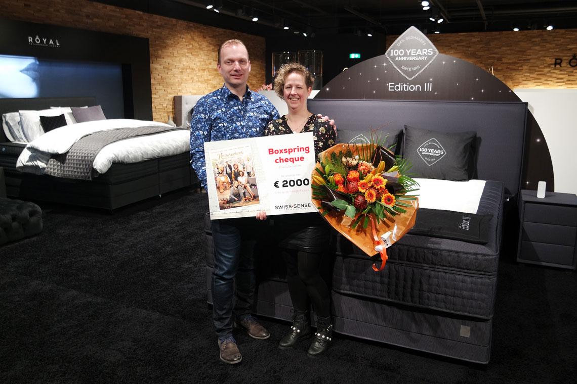 Prijsuitreiking: Winnares #SwissSenseFilm neemt prijs in ontvangst | Swiss Sense