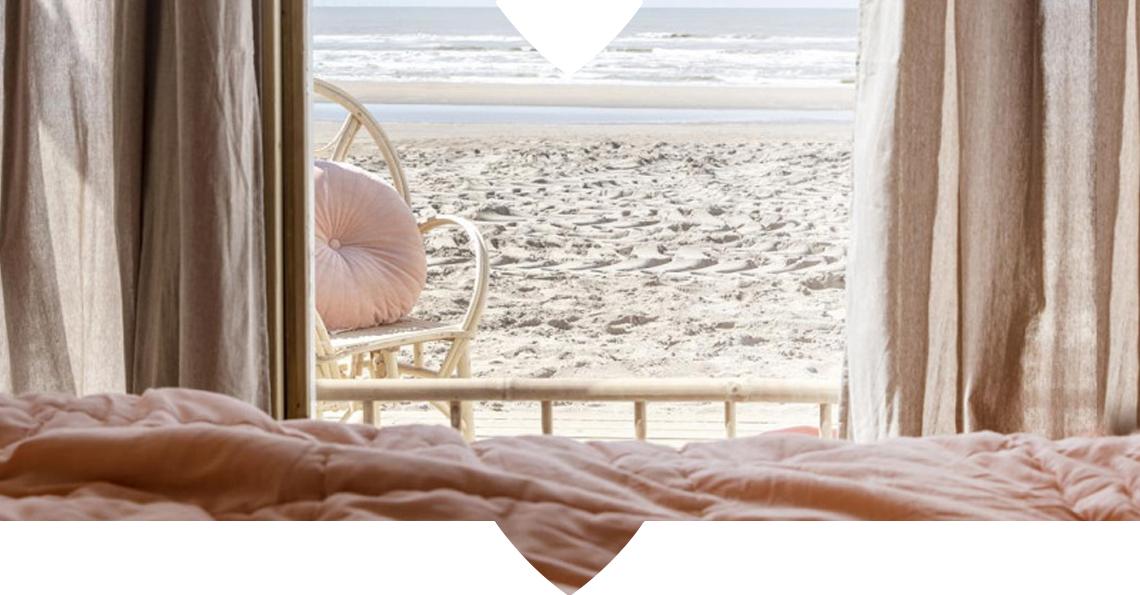 Bijzonder: slapen in een vtwonen strandkamer in Zandvoort