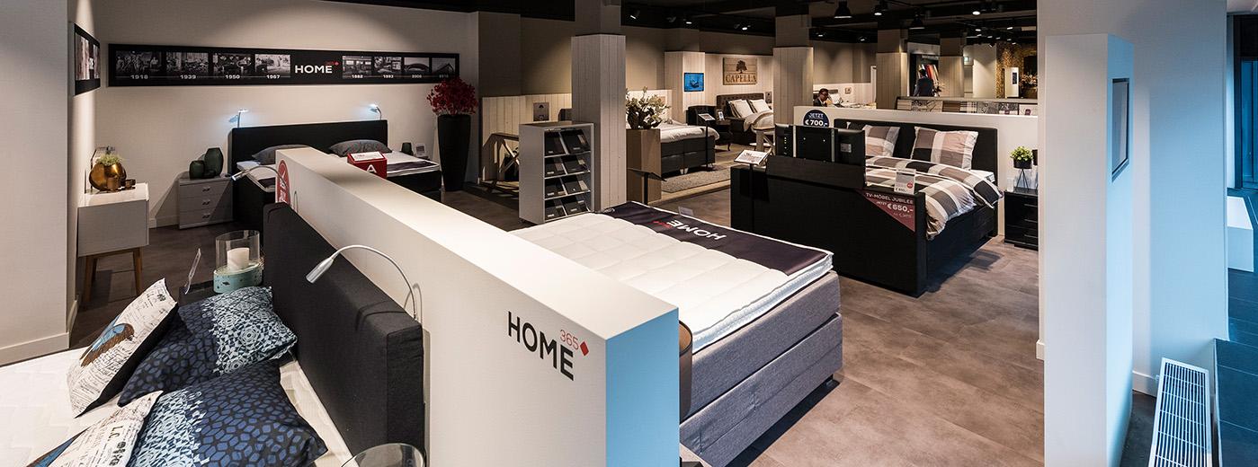 boxspring berlijn bezoek onze swiss sense winkel in berlijn. Black Bedroom Furniture Sets. Home Design Ideas